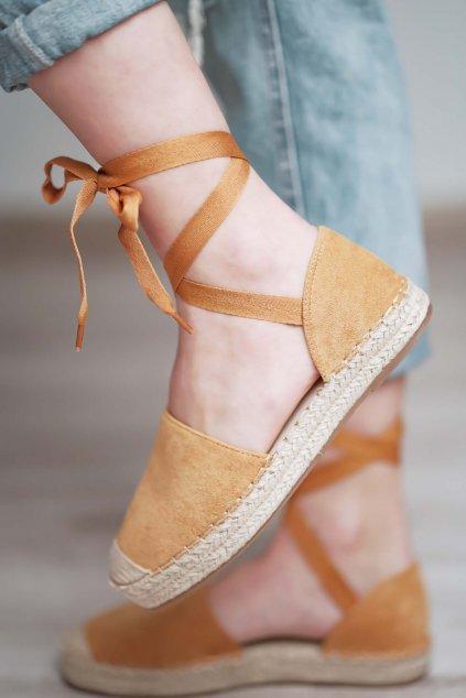 topánky, obuv, tenisky, botasky, lodičky, čižmy, šľapky, sandálky 586