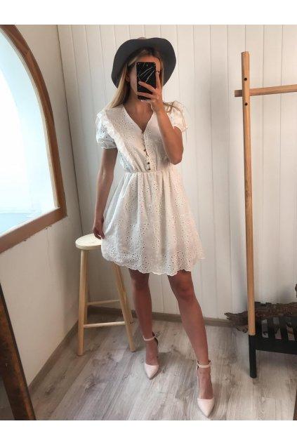 Biele madeirové šaty s volánikmi, zapínanie na gombíky, vzdušné šaty, spoločenské šaty, elegantné šaty, letné šaty, madeira, cribs prešov, hlavná 120, bardejov, módny butik (2)