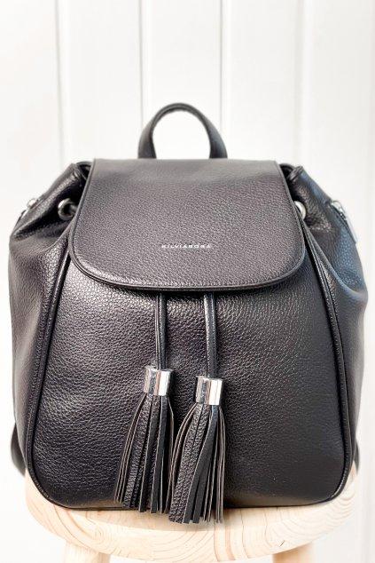 Čierny ruksak