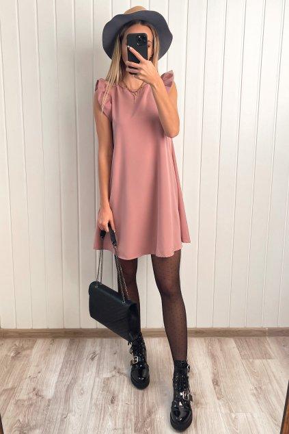 Ružové šaty s volánikmi