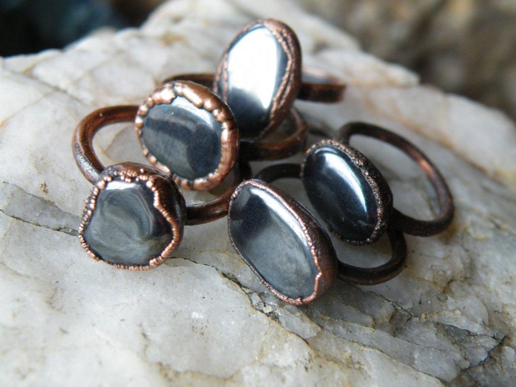 Šperky z krystalů a minerálů - Crystal Grid Design 77a4fb66b1