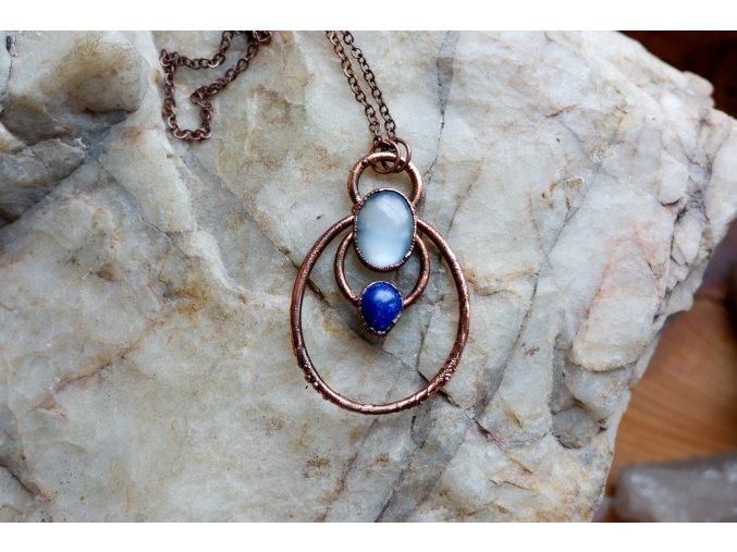 Přívěsek s měsíčním kamenem a lapis lazuli