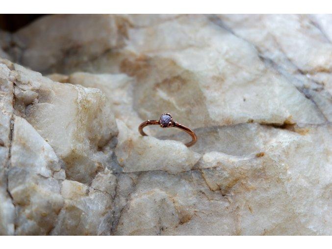 Prsten s diamantem vel. 53