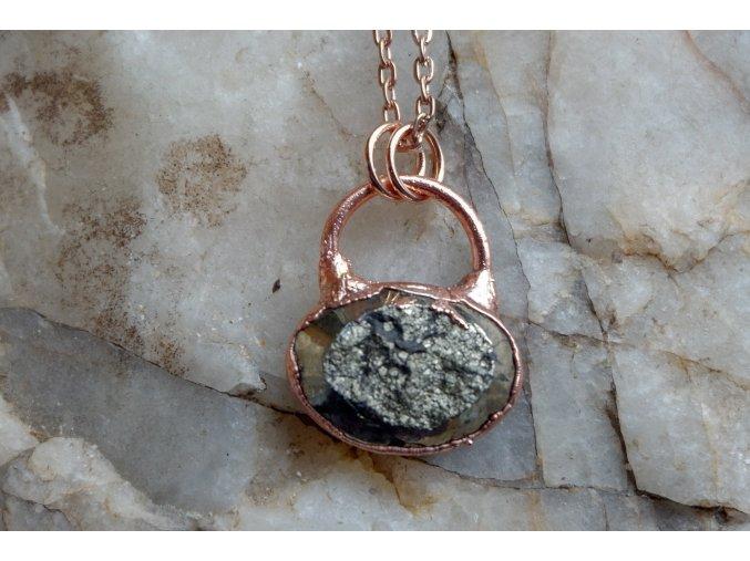 Přívěsek s pyritem