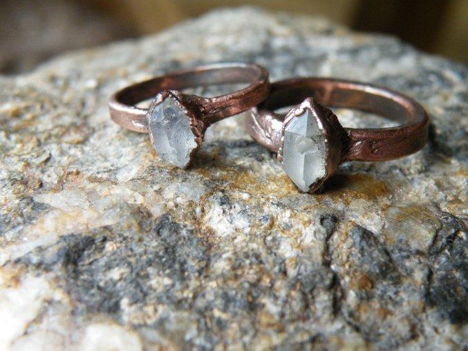 Prsten s herkimerským diamantem