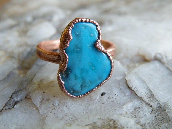 Prsten s tyrkysem