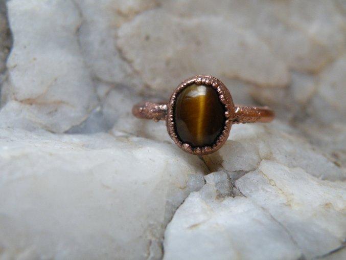 Prsten s tygřím okem