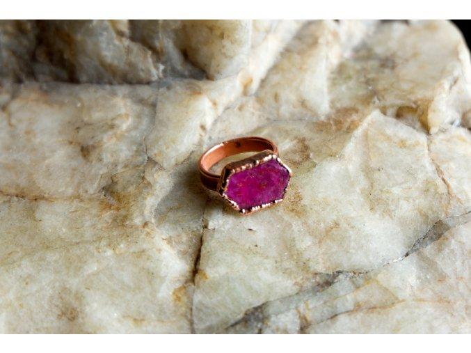 Prsten s rubínem vel. 53
