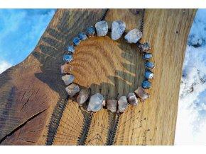 Mandala s topazem, pyritem a safírem