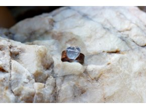 Prsten s fluoritem vel. 58