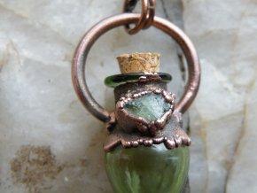 Krystalová esence - apatit (zelená)