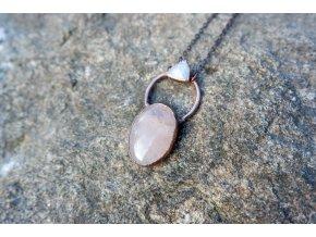 Přívěsek s růženínem a měsíčním kamenem