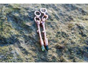 Náušnice - modřínové hůlky s turmalínem