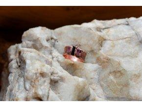 Prsten s růžovým a černým turmalínem vel. 56