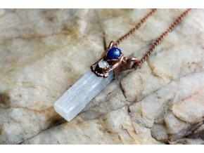 Přívěsek se selenitem, lapis lazuli  a měsíčním kamenem