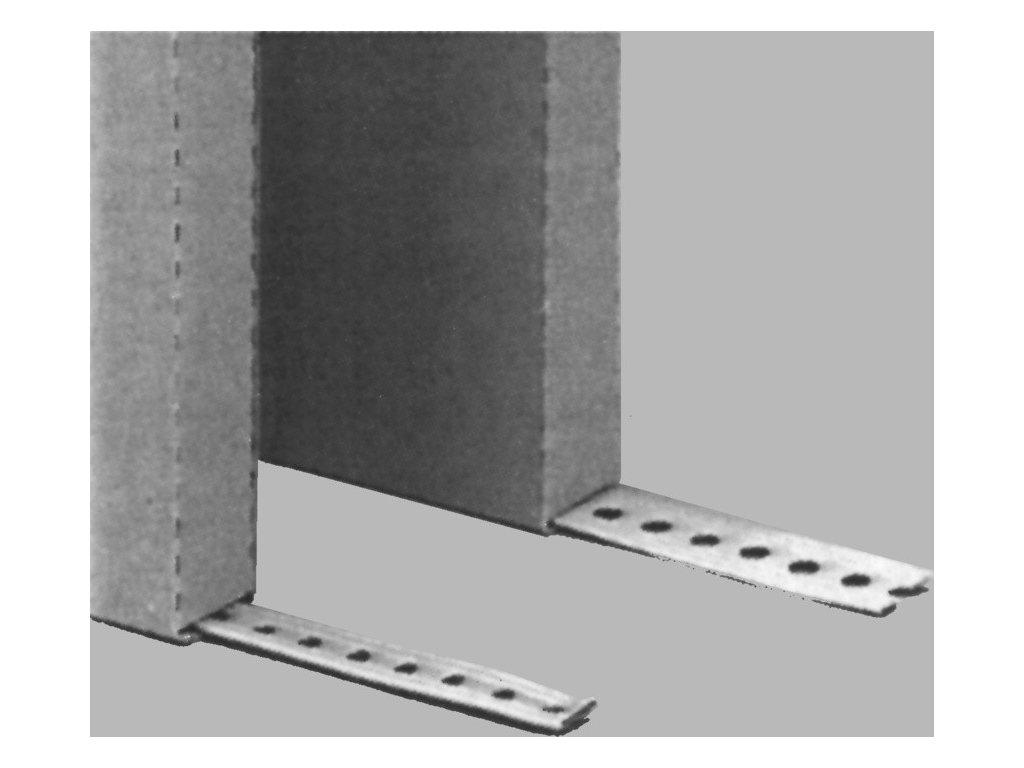 derovaný ocel.pás 12mm, metr pozink. k upevnení nosice