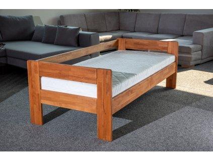 postel Lukáš se zábranou jádrový buk