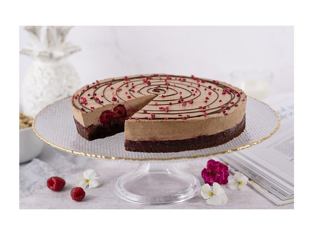 Vegan Foret noire cake vegánska čokoládovo malinová torta cukrari.sk