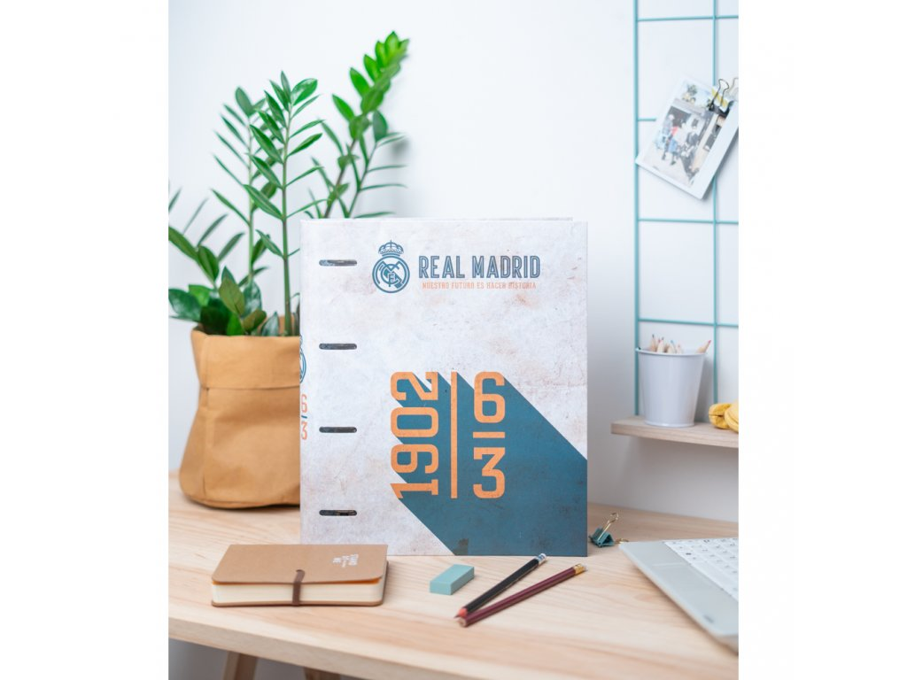KROUŽKOVÝ POŘADAČ|FC REAL MADRID  VINTAGE COLLECTION|28 x 32 x 7 cm
