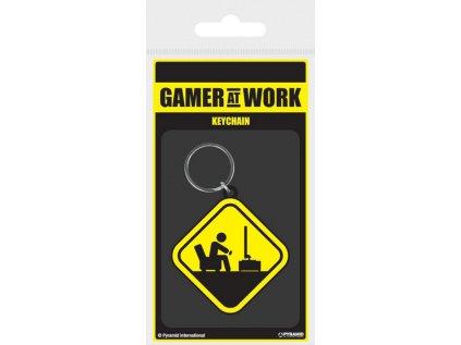 PŘÍVĚSEK NA KLÍČE|GAMER AT WORK  CAUTION SIGN|4,5 x 6 cm