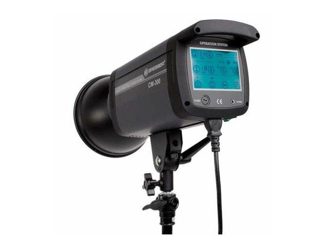 Štúdiový blesk s dotykovou obrazovkou BRESSER CM-300
