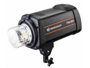 Vysokorýchlostný štúdiový blesk BESSER FM-800