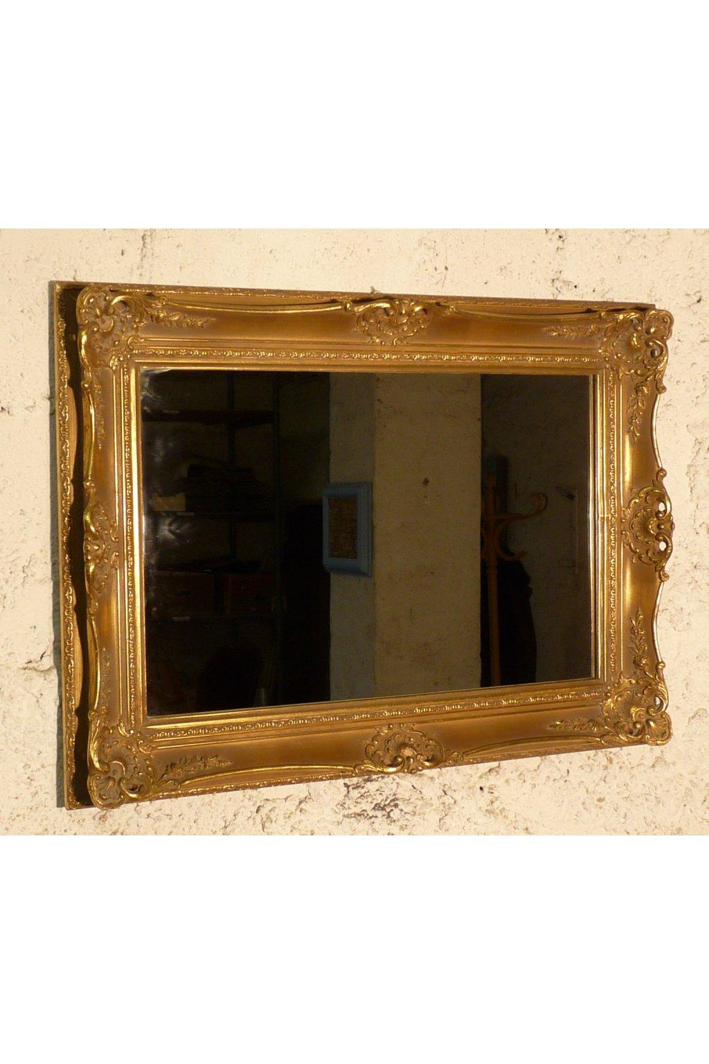 zrcadlo ve zlatém rámu. zrcadlo zlatý rám