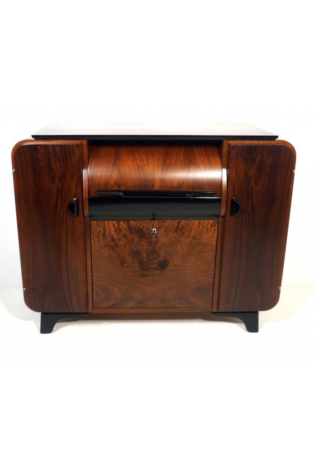 gramofonová skříňka halabala. nábytek halabala, furniture halabala
