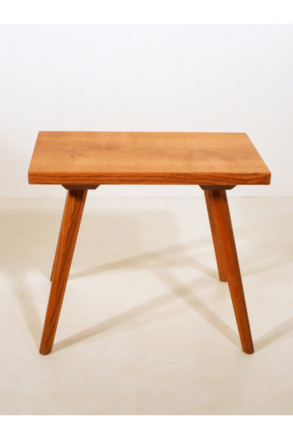 Stolička stolička ULUV.