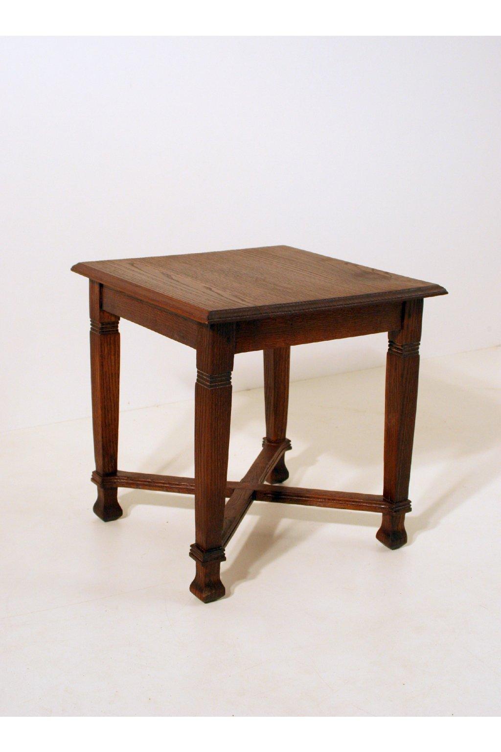 dubová starožitná stolička