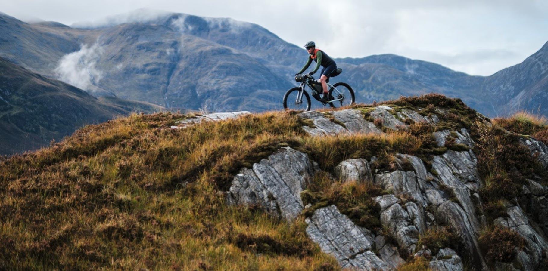 Apidura-bikepacking-brasny-backcountry-new