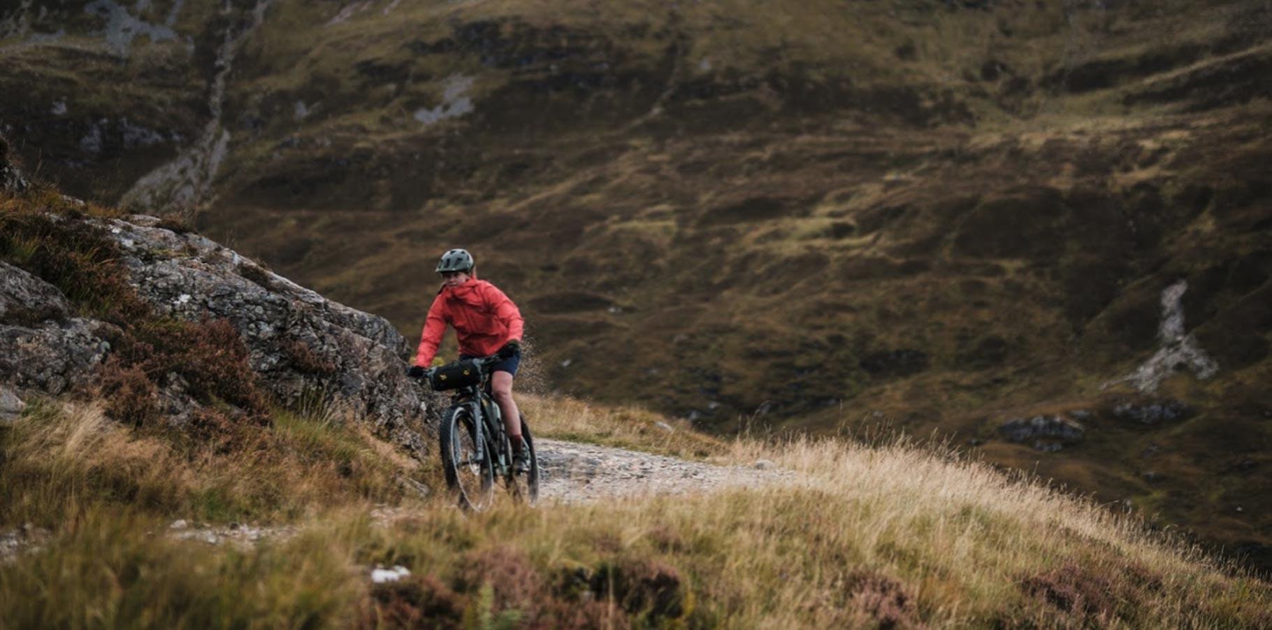 Apidura-brasny-bikepacking-new-backcountry