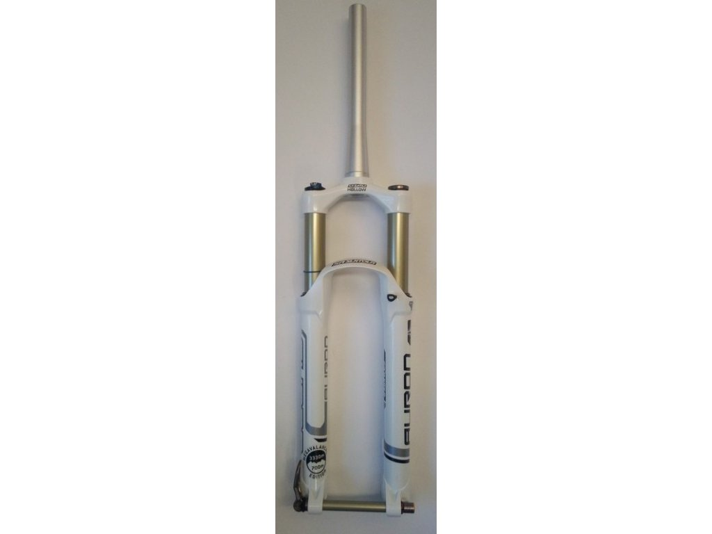 "Vidlice odpr. 27,5"" tapered Suntour AURON TA-RC2 PCS 15QLC, 160mm MEGAVALANCHE"