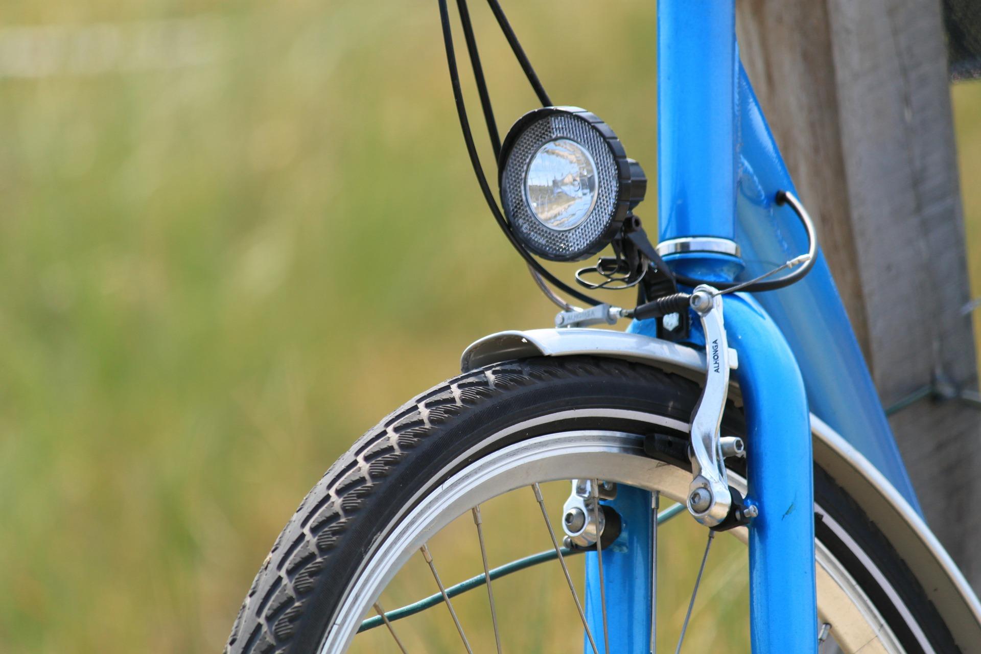 Jak vybrat povinné osvětlení i jiná světla na kolo