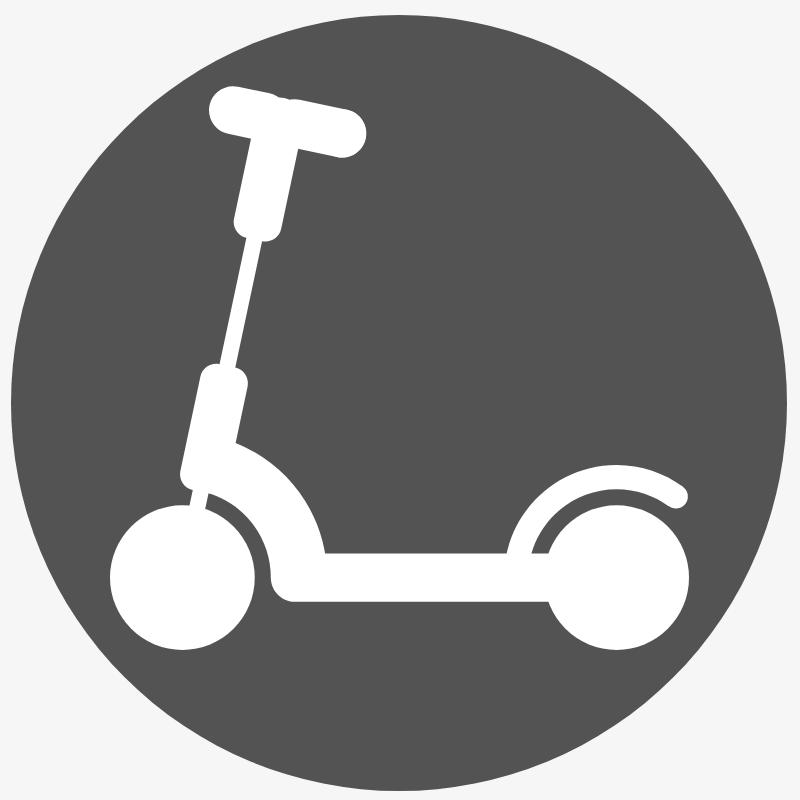 cyklonovak-kolobezka-pozadi
