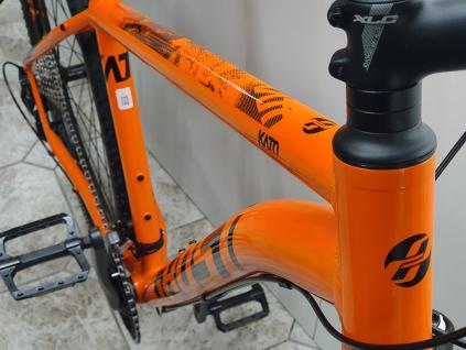 Horske kolo 29 palcu Ghost kato 5.9 oranžová černá LOWBUDGED MONARCHORANGE JETBLACK