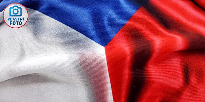 rouska-vlajka-detail1