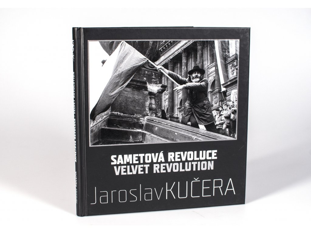 Czech Photo Kniha Novinka Czech Press Photo Jaroslav Kucera Sametova revoluce