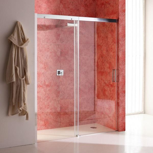 Vyplatí se pořídit sprchové dveře do niky s ochranným povlakem?