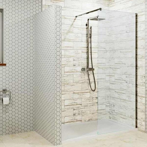 Sprchové kouty pořídit s vaničkou či bez ní? Výhody a nevýhody obou řešení