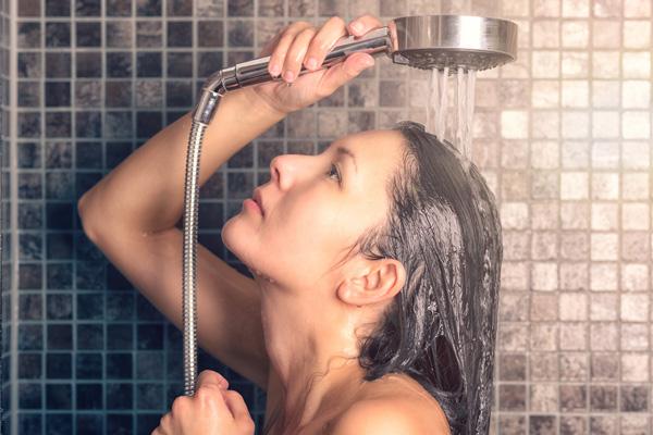 czkoupelna-zdrave-sprchovani-01