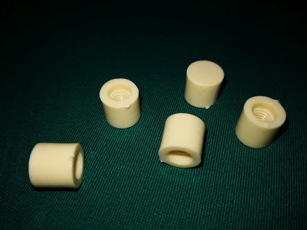 Kostice na tágo PLC 12 mm karambol