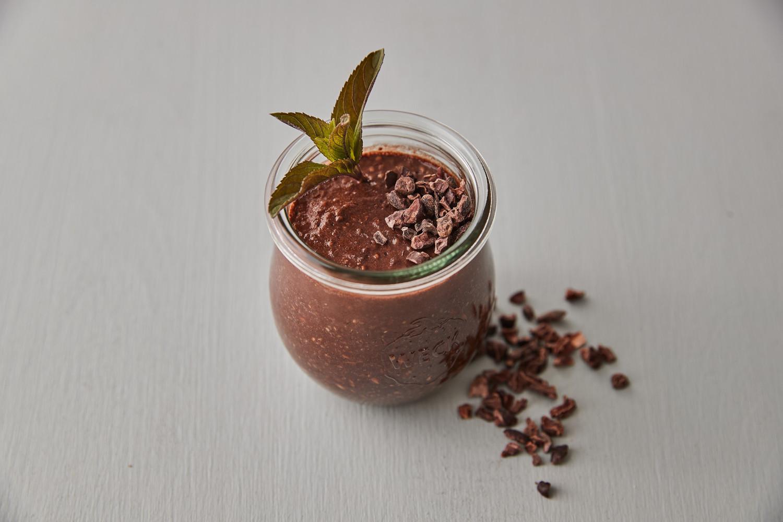 Semínková lísko-oříšková kaše s čokoládou