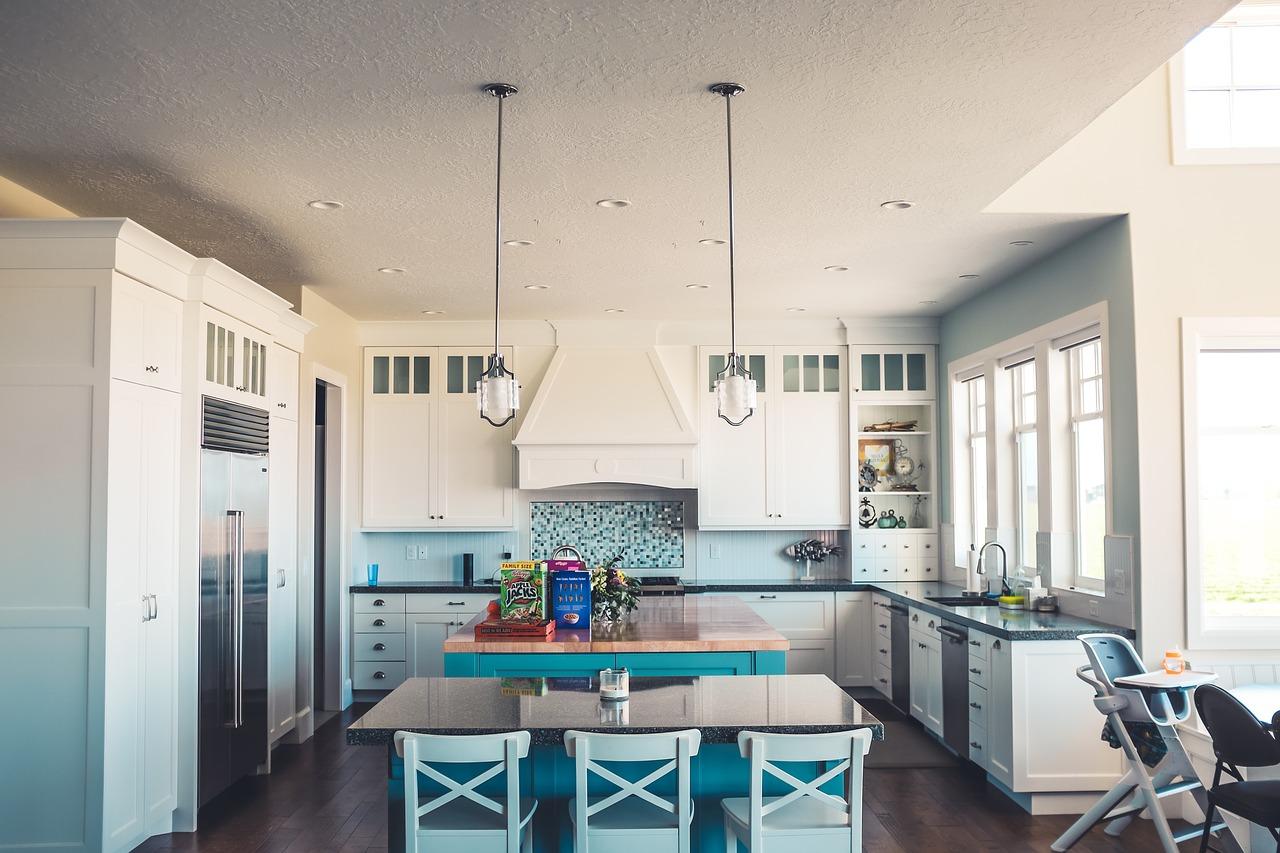 Ušetřete místo v kuchyni: kde najít další centimetry?