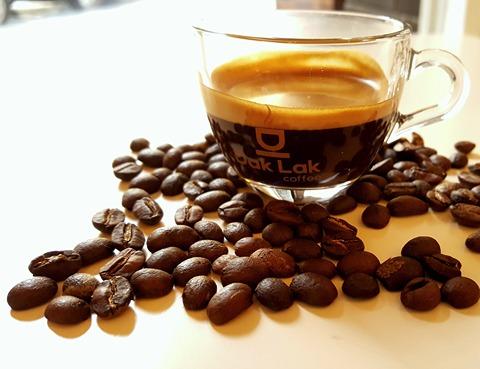 Jaký je vhodný kávovar do menších kanceláří?