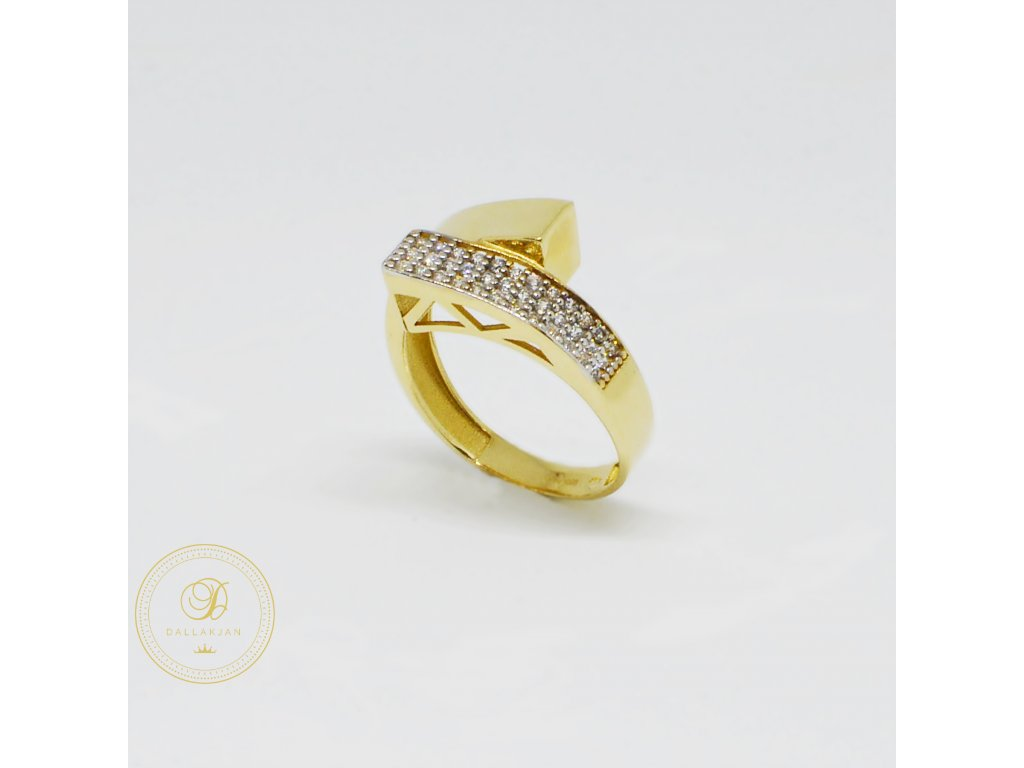 1466 prsten ze zluteho zlata moderni se zirkony