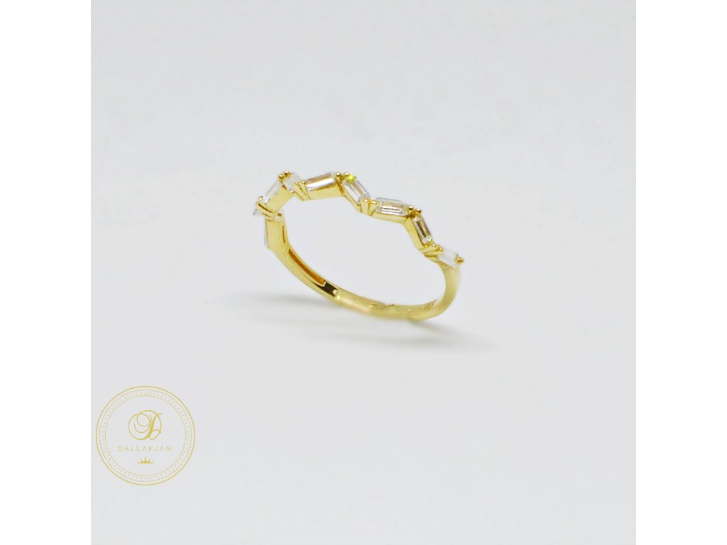 1553 prsten ze zluteho zlata se zirkony