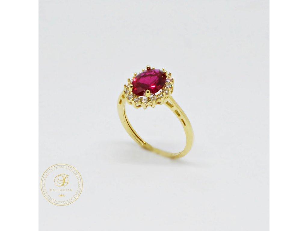 Prsten ze žlutého zlata s rubínem a zirkony (Velikost 55)