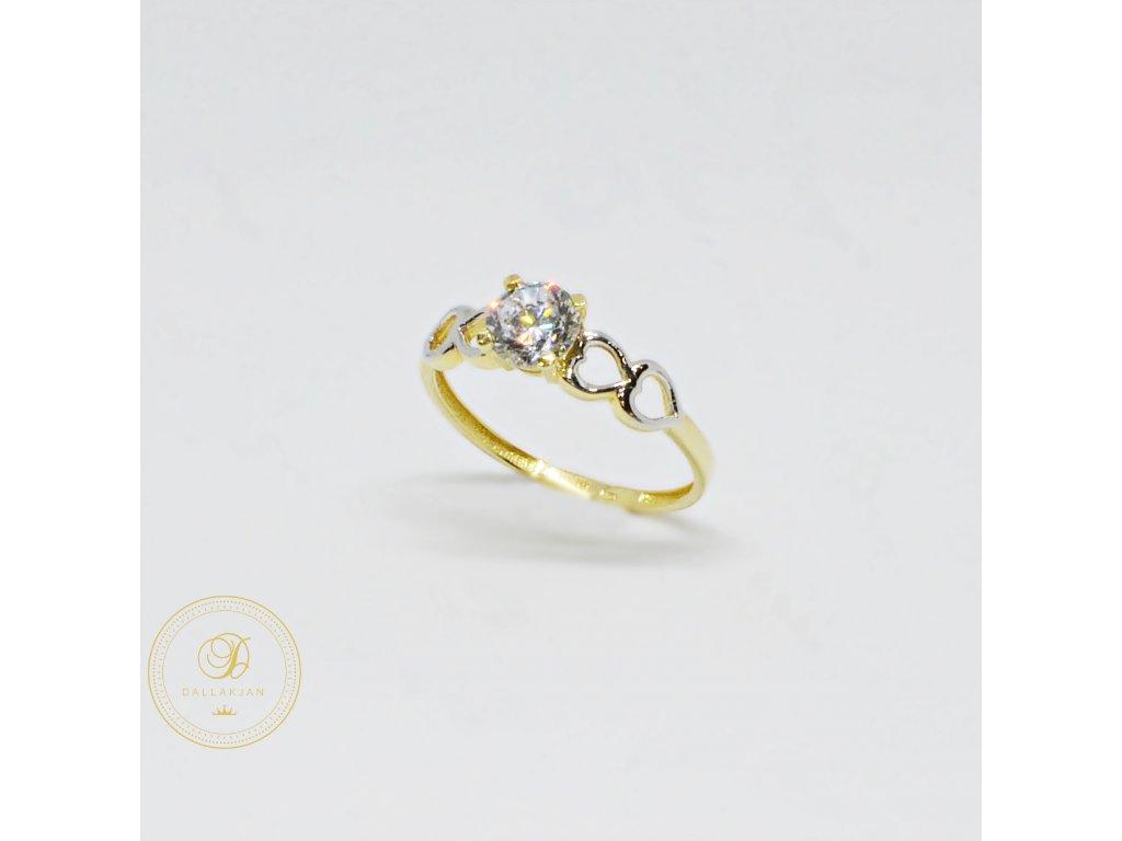 Prsten z kombinovaného zlata se srdíčky a zirkonem (Velikost 56, Váha v g 1,77)