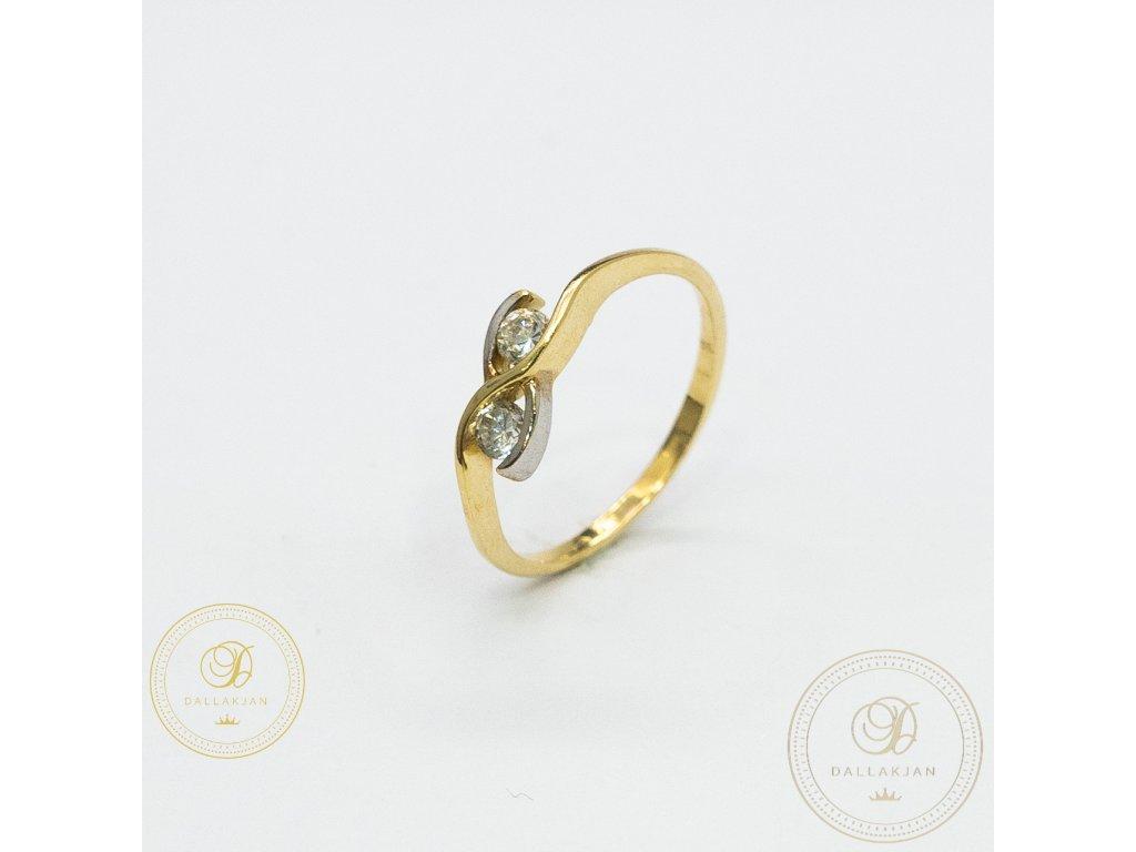 Jemný dámský prsten ze žlutého zlata se zirkonem (Velikost 52)
